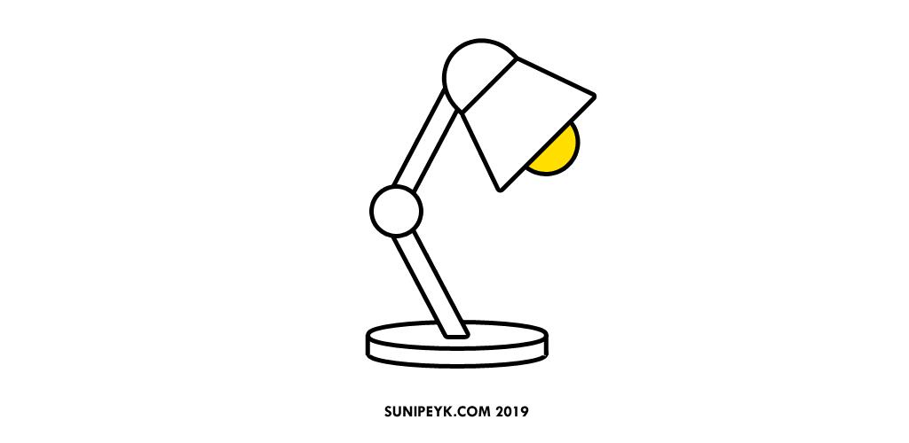 Sarı ampullü masa lambası